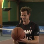Andy Murray teste le Halfcourt Challenge