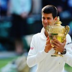 Novak Djokovic conserve son titre