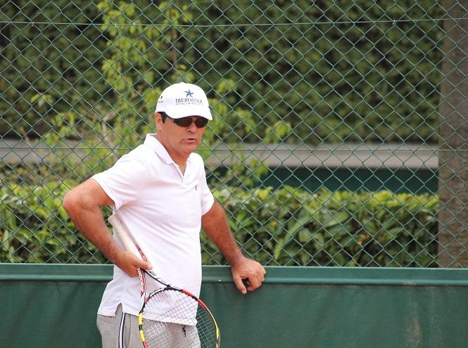 Toni Nadal à l'entraînement